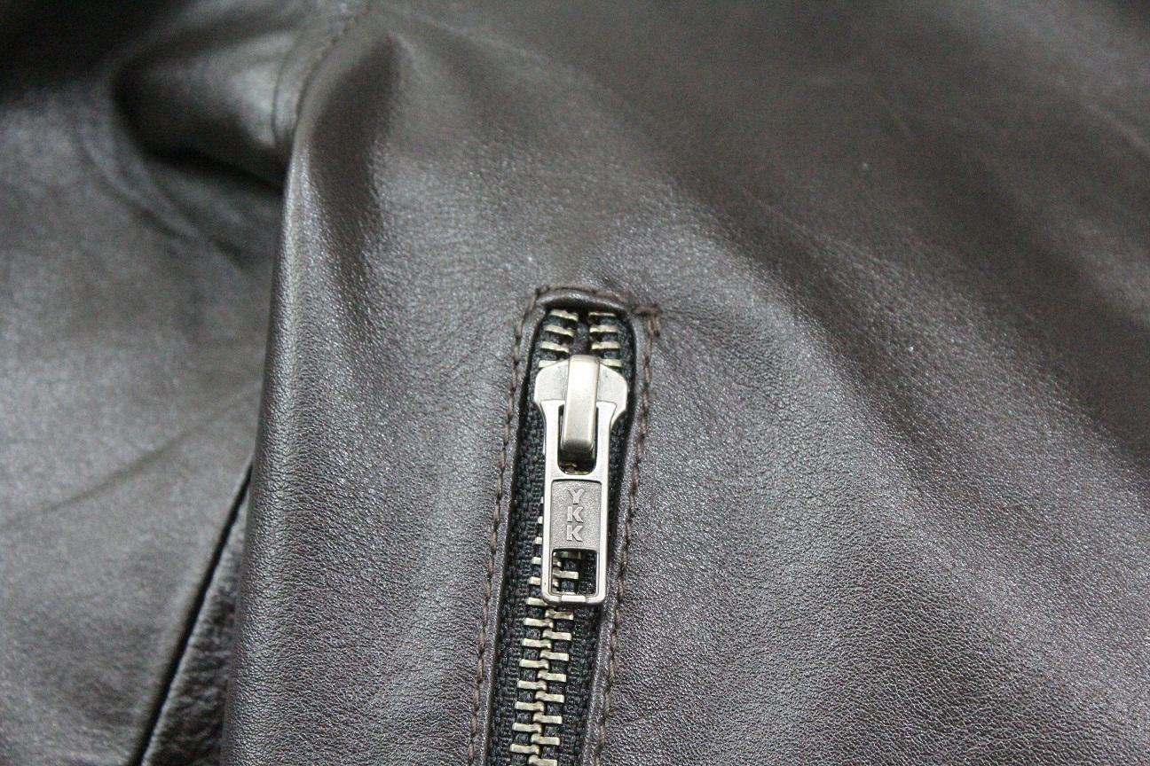 YKK Zipper Photo