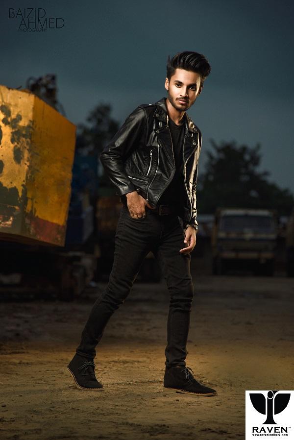Muxit Wearing RAVEN Brand New Black Cropped Biker Jacket