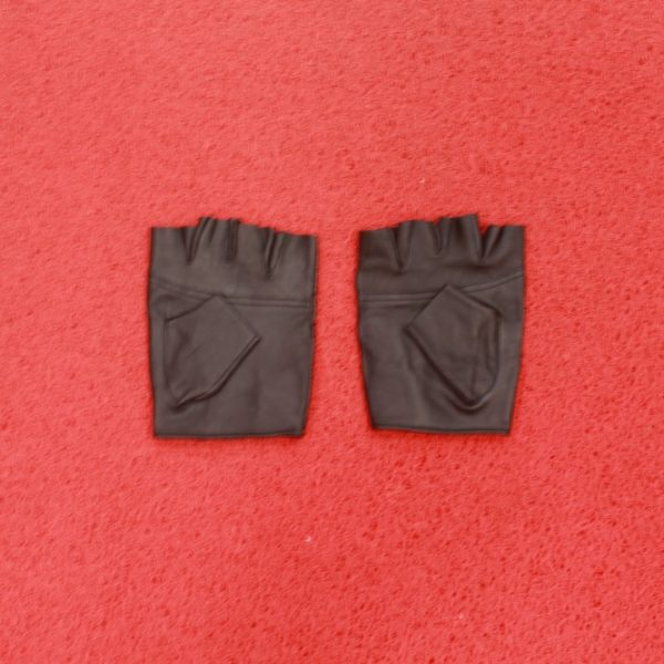Finger less or Half Finger Gloves for Bike Riders
