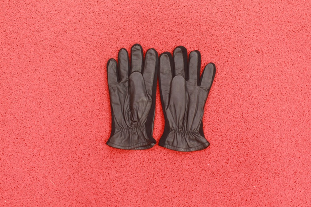 Photo of Men Brown Leather Full Gloves