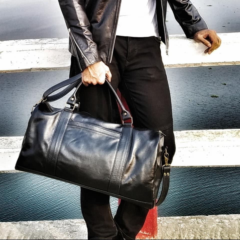 Black-Genuine-Leather-Medium-Duffel-Bag